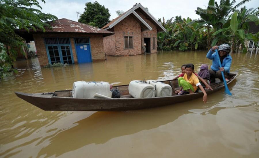 Krisis Air Bersih, Korban Banjir Kota Jambi Terserang Penyakit Kulit