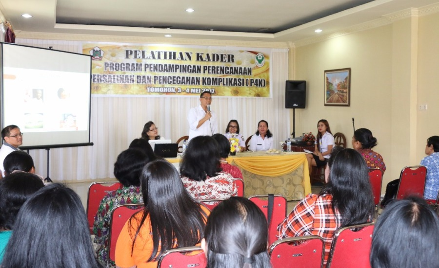 Kader Kesehatan Tomohon Dibekali Program P4K