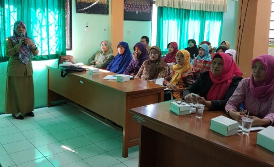 Puskesmas Kejaksan Sosialisasikan Imunisasi MR Bagi Guru PAUD, TK Sederajat