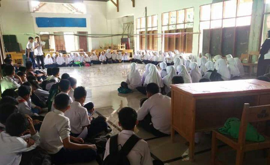 SKRINING Perilaku Merokok Pada Anak Usia Sekolah di MTS Negeri 1 Enrekang