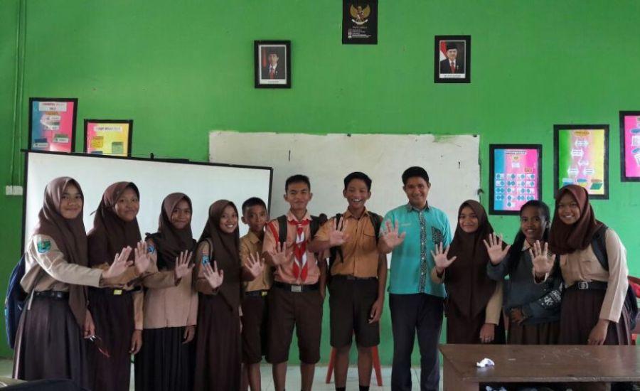 Bersama Siswa SMPN 1 Tulin Onsoi
