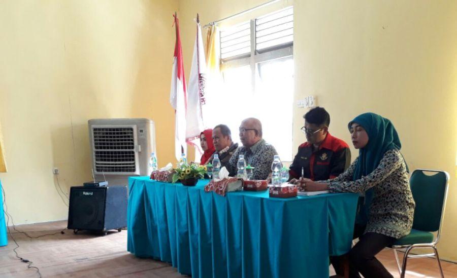 STIKes Kapuas Raya Sintang Narasumber Seminar