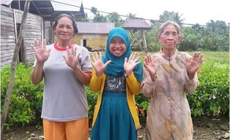 Keren! Usia Sudah Kepala 8, Dua Nenek Ini Masih Aktif Jadi Kader Posyandu