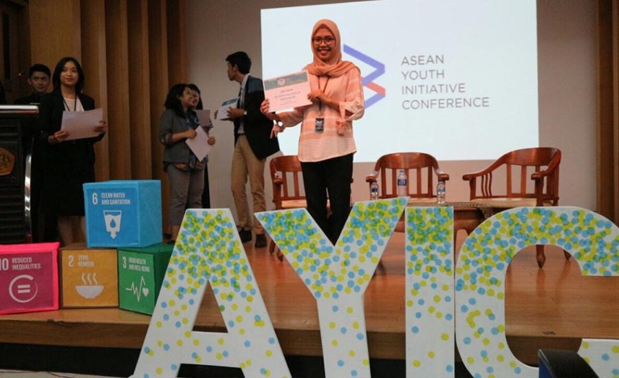 Wow, Mahasiswa FKM Unhas Raih Best Paper di ASEAN Youth Initiative Conference