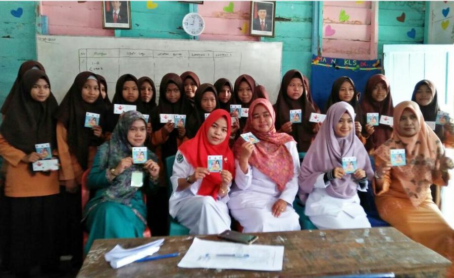 Puskesmas Sungai Guntung Bagikan Tablet Tambah Darah ke 420 Remaja Putri