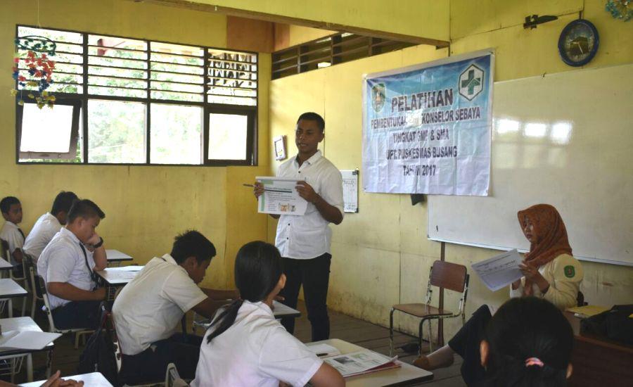 Pelatihan Pembentukan Konselor Sebaya Tingkat SMP & SMA oleh Puskesmas Busang
