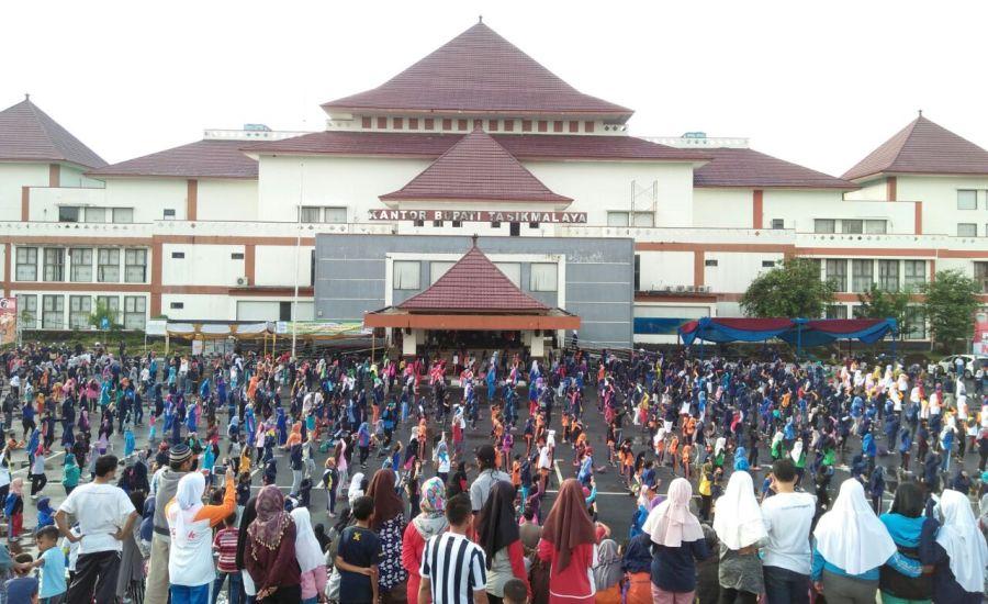 Senam Massal Germas di Tasikmalaya