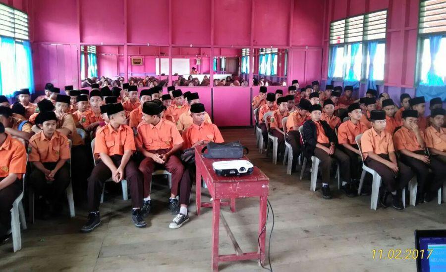 Siswa MTS Nurul Wathan Pelangiran