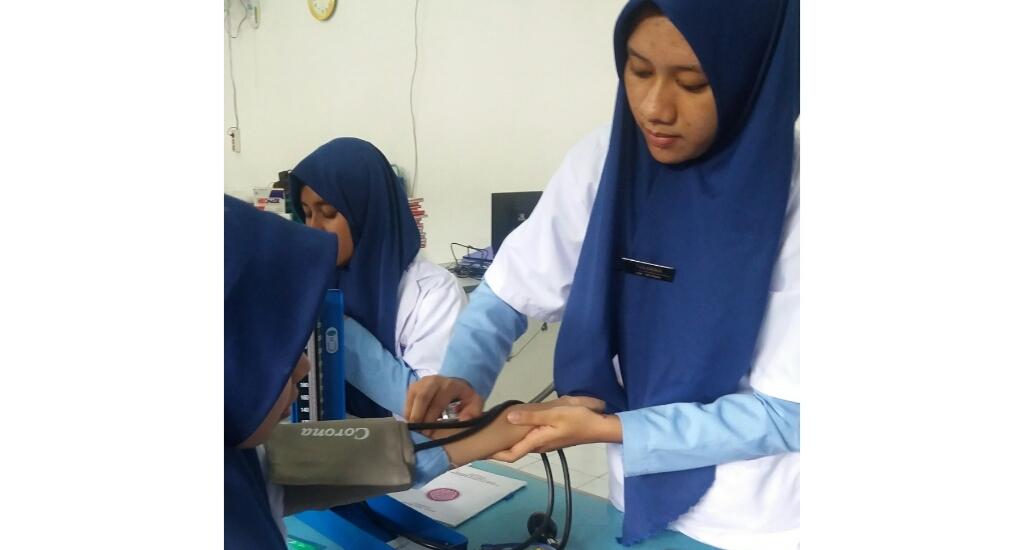 mahasiswa kesmas STIKes Surya Global Yogyakarta