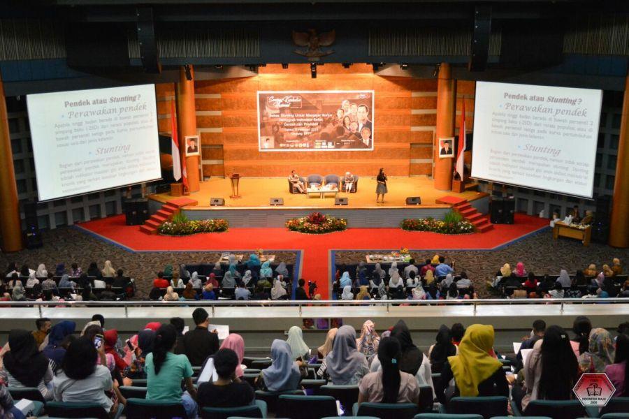 Mahasiswa Prodi Kesmas STIKIM Adakan Seminar Kesehatan Nasional Bahas Isu Stunting di Indonesia