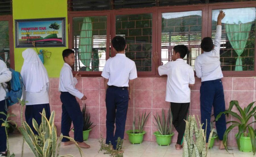 Siswa MTsN 1 Enrekang Persiapkan Lomba Sekolah Sehat