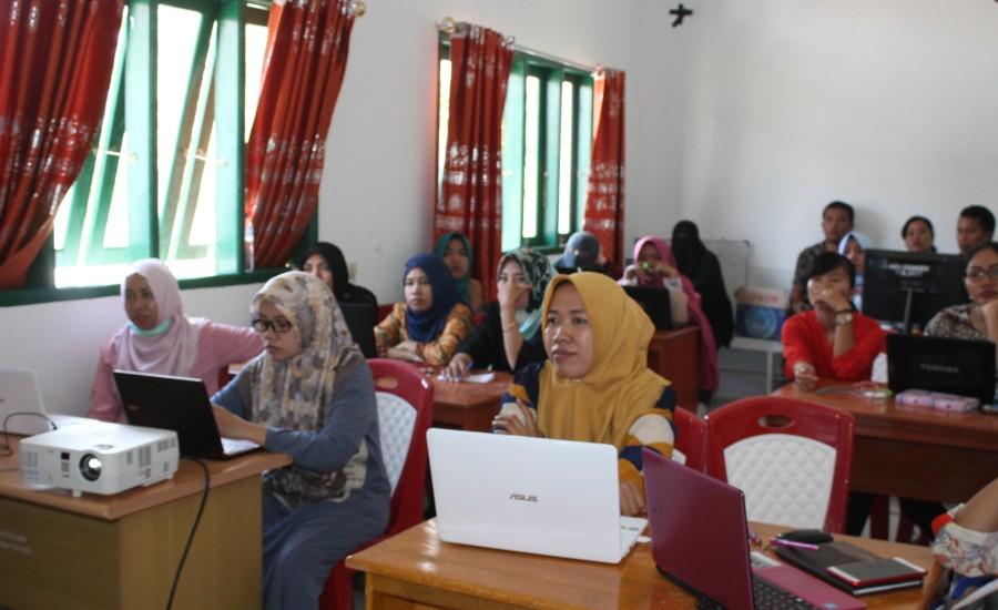 Staf Puskesmas Bambalamotu, Pelatihan Multimedia