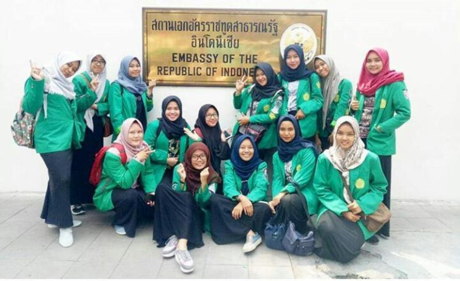Mahasiswa Prodi Kesmas UMJ di Kedubes RI di Thailand