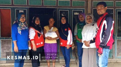 Lazismu Sragen Bantu Sembako Untuk Pasien TB Bersama SSR Aisyiyah