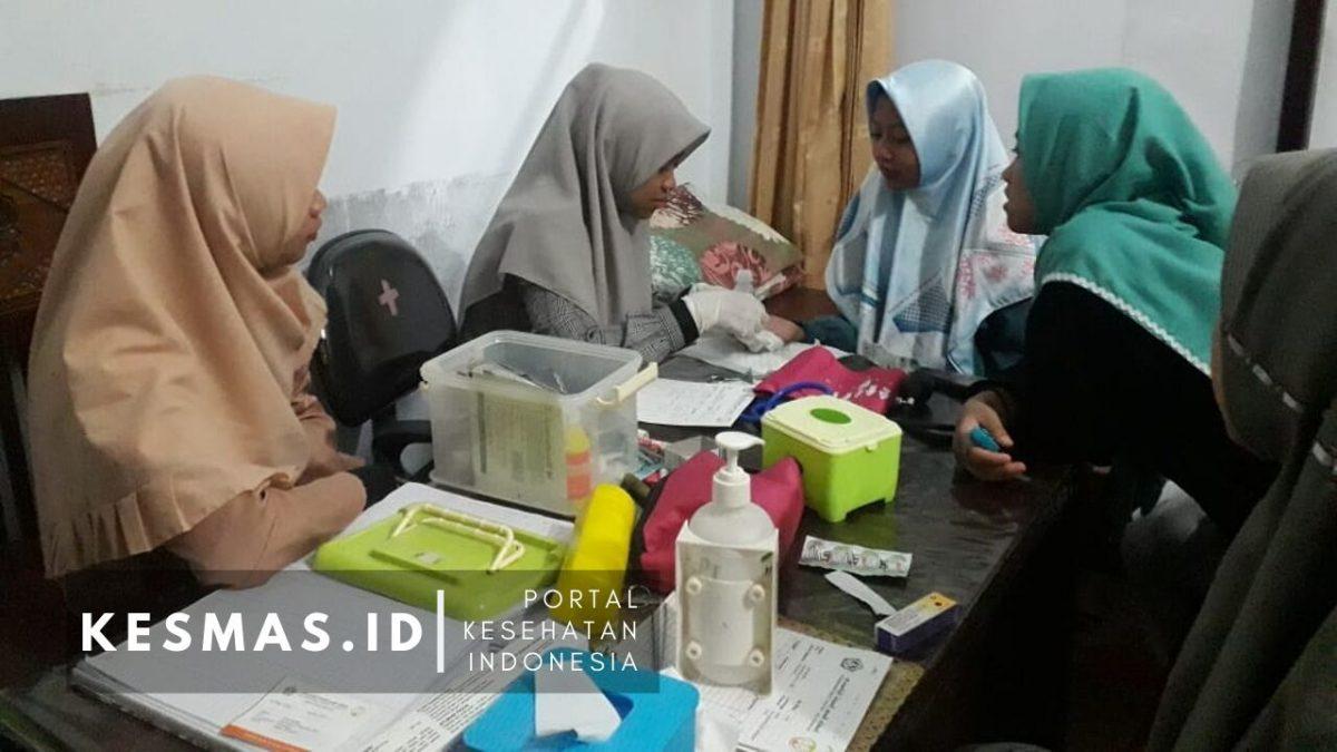 Pos Kesehatan Putri PP Miftahul Ulum Al Yasini.jpg