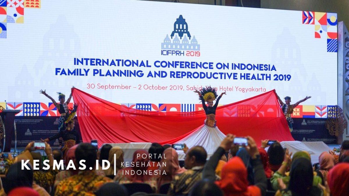Dua Mahasiswa Kesmas UNNES Presentasi Penelitian di Konferensi Internasional