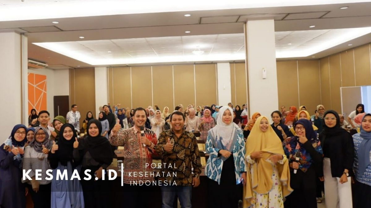 Seminar Nasional Kesehatan Bahas SDGs dan Pemanfaatan Media Sosial di Yogyakarta