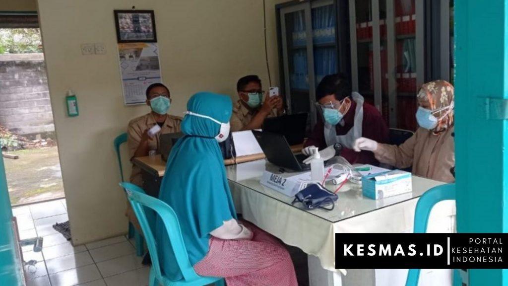 Vaksinasi Covid-19 Tahap Pertama di Puskesmas Duren Kab Semarang