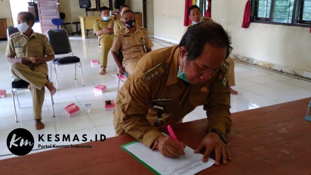 Bapak Drs Pungkal. MSM, Camat Bukit Santuai