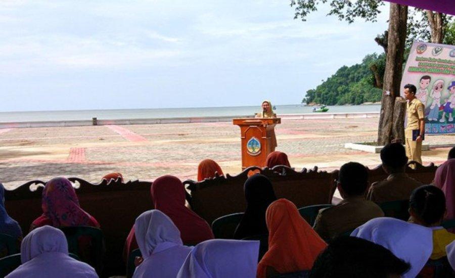 Sekda Kayong Utara Buka Jambore Kader Kesehatan Remaja