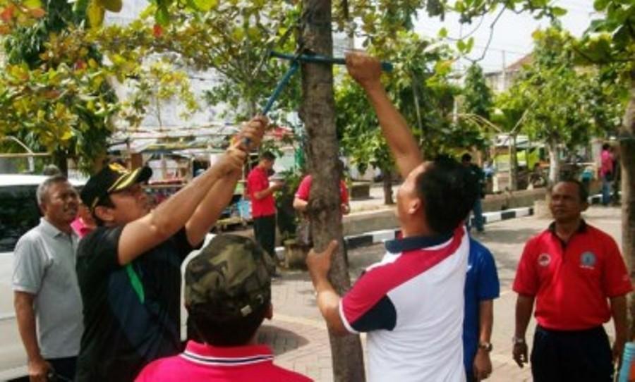 Walikota Apresiasi Kegiatan Komunitas Peduli Lingkungan FKM Undip