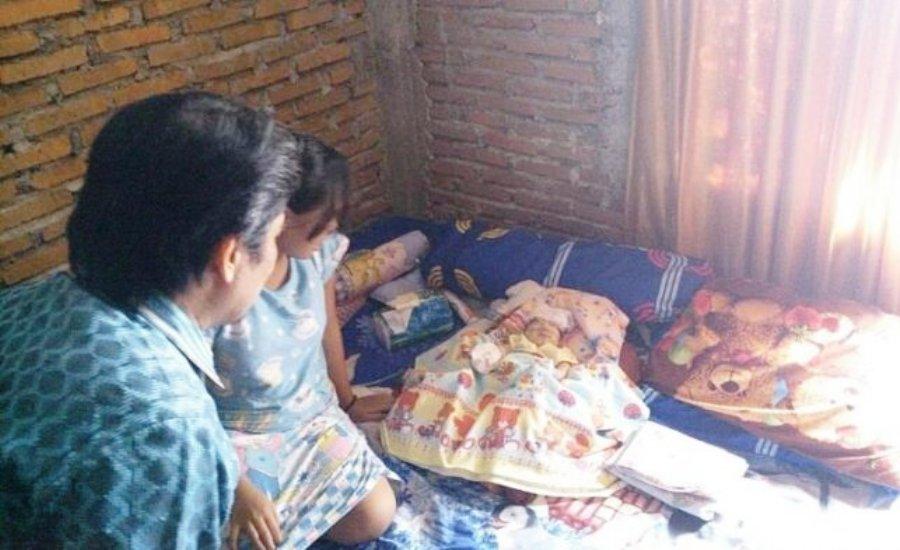 Ayah Tak Punya KTP Mamuju, Bayi Tanpa Batok Kepala Ini Dikeluarkan dari RS
