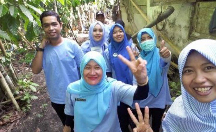 Jamban Sehat di Pulau Enggano Warisan Tim Relawan Nusantara Sehat