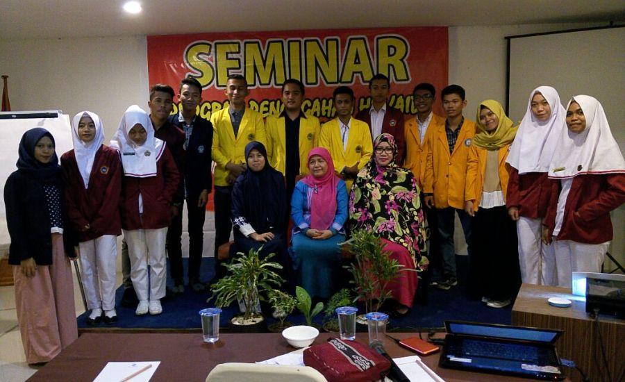 Cegah HIV AIDS Pada Remaja, BEM FKM Universitas Halu Oleo Ikuti Seminar dari KPAP Sultra