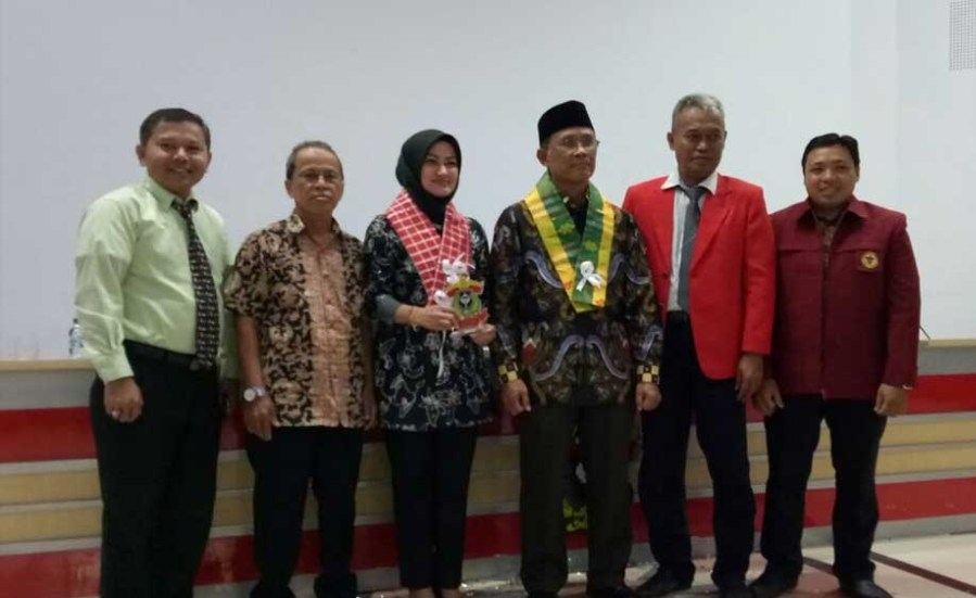 FKM Unhas Gelar Seminar Nasional Politik Kesehatan Pro Orang Sehat