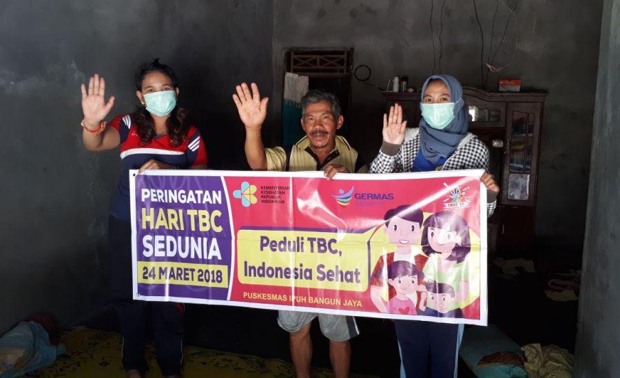 Lawan TB, Petugas Kesehatan Puskesmas Ipuh Bangun Jaya Ketuk Pintu Warga