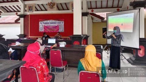 Sosialisasi Vaksinasi Petugas Pelayanan Publik Kecamatan Karangreja