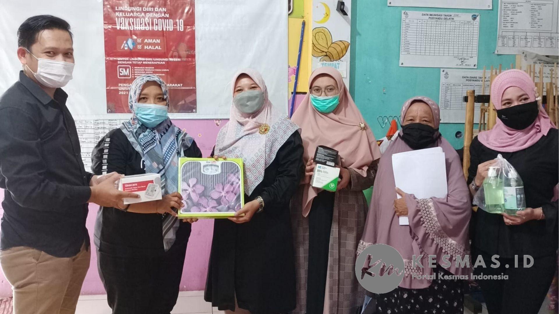 ToT Kader Posyandu Untuk Tingkatkan Cakupan Vaksinasi COVID-19 Lansia